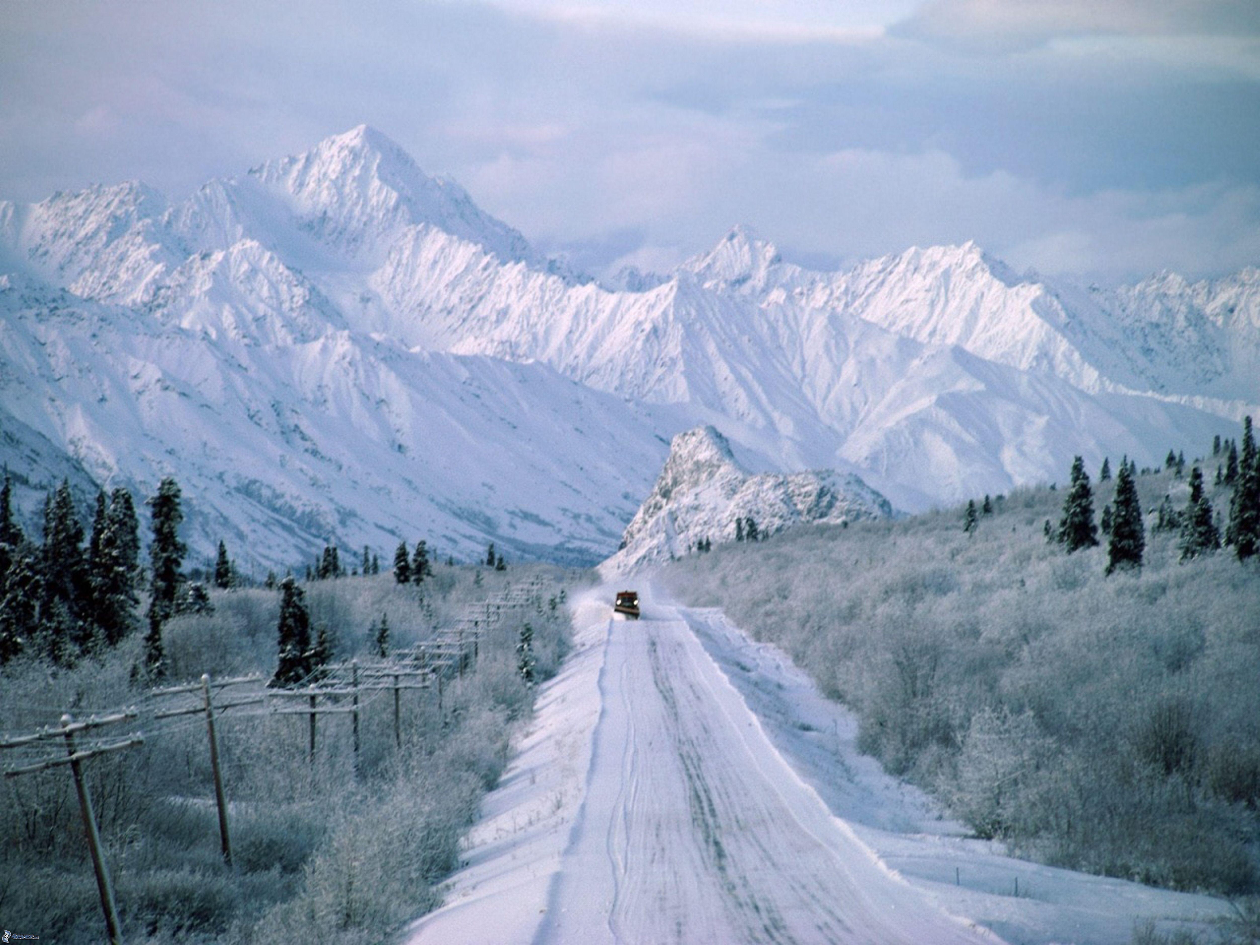 Una Montaña Nevada: Montañas Nevadas