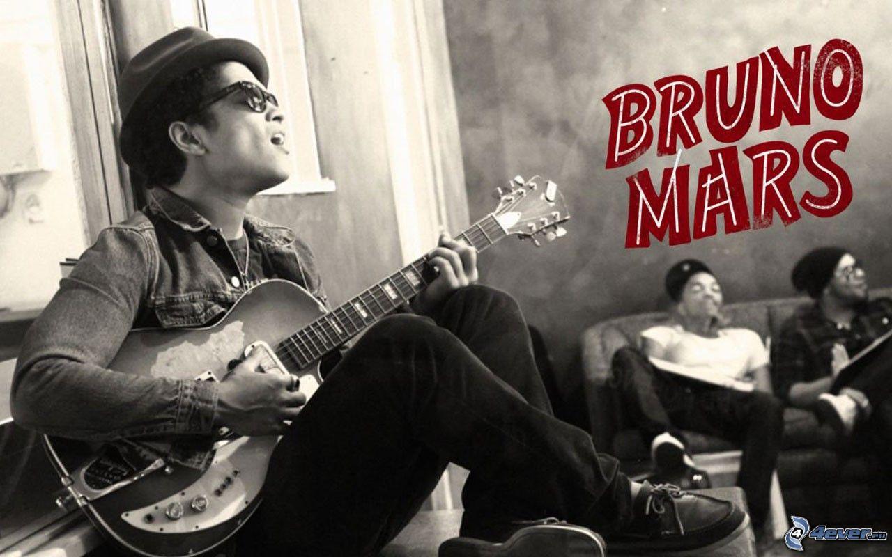 Bruno mars for Comedores pequea os para 4 personas